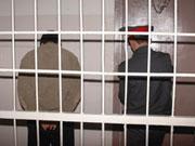 Підозрюваних у розстрілі банку в Донецьку кинули за ґрати