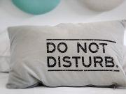 В Нидерландах разработали подушку-робота, помогающую уснуть (видео)