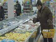 Украинцы проедают почти ползарплаты