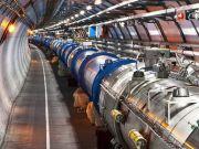 Адронный коллайдер запустили с рекордной энергией