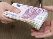 Євро дорожчає на заявах міністра фінансів Італії