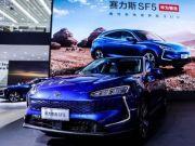 Huawei назвала дату випуску повністю безпілотного автомобіля