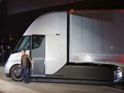 Вантажівка Tesla Semi проїхала тисячі кілометрів по США самостійно