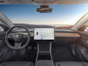 Tesla запустила закрытый бета-тест принципиально нового автопилота