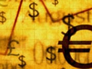 Доллар, иена дешевеют к евро в ожидании сильной статистики по экономике США