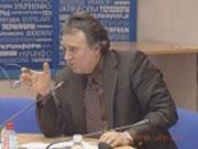 НБУ: Банки мають право брати комісію при продажу валюти