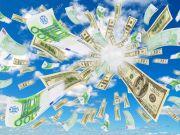 За 2 недели февраля украинцы вывели за границу более 3 миллионов евро