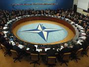 Вступ до НАТО підтримують 43% українців (соцопитування)